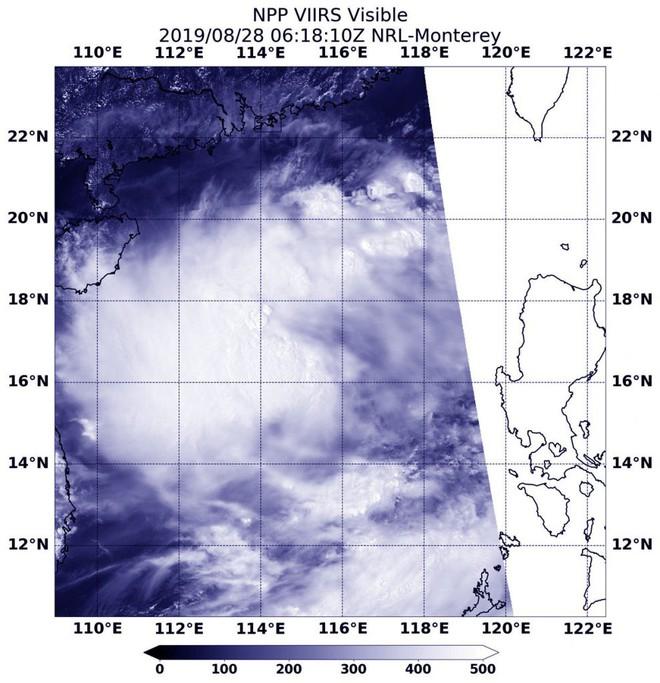 NASA: Bão Podul nhắm thẳng vào Việt Nam, tiếp tục mạnh lên; bão gây mưa lớn ở đâu? - Ảnh 1.