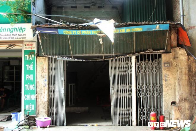 Người dân bán gas gần Công ty Rạng Đông: Xin đừng ác ý nói hỏa hoạn bắt nguồn từ nhà tôi - Ảnh 1.