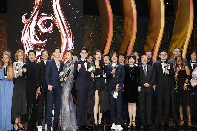Trương Ngọc Ánh dính tin đồn hẹn hò nam diễn viên kém 14 tuổi - Ảnh 2.