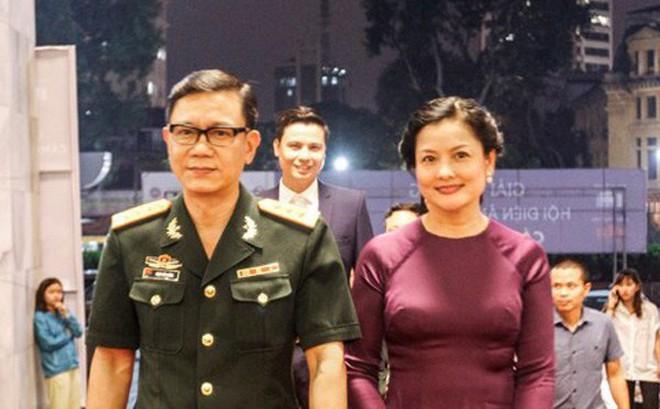 """NSND Thu Quế: Người phụ nữ Hà thành lạc lõng """"cổ hủ"""" và cuộc hôn nhân bên chàng diễn viên áo lính"""