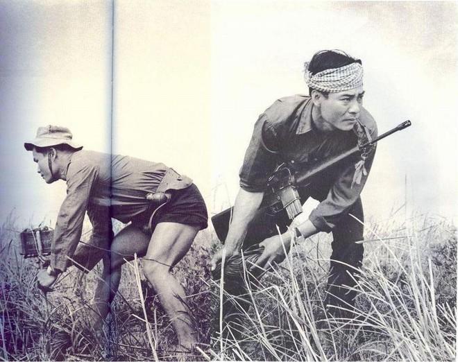 Thai nghén ở Hoa Kỳ, khai sinh ở VN: Tại sao lính Mỹ không thể bỏ rơi khẩu súng này? - Ảnh 2.