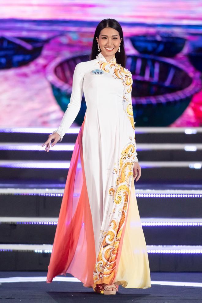Người đẹp sinh năm 2000 - Lương Thùy Linh đăng quang Hoa hậu Thế giới Việt Nam 2019 - Ảnh 36.