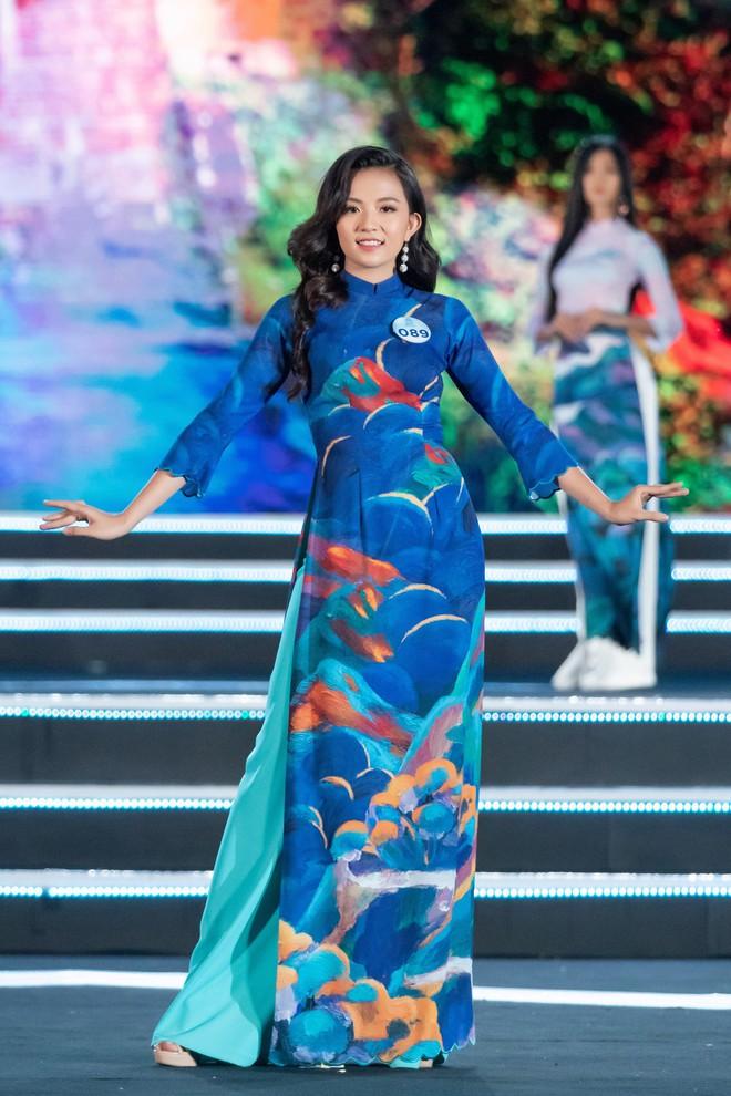 Người đẹp sinh năm 2000 - Lương Thùy Linh đăng quang Hoa hậu Thế giới Việt Nam 2019 - Ảnh 37.