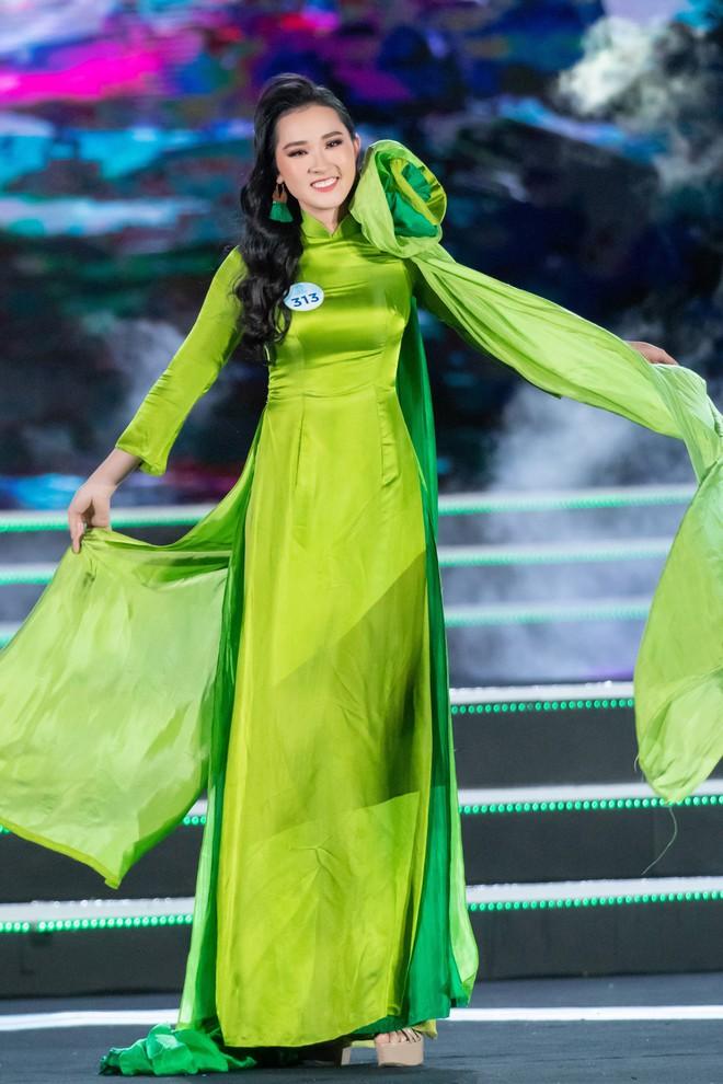 Người đẹp sinh năm 2000 - Lương Thùy Linh đăng quang Hoa hậu Thế giới Việt Nam 2019 - Ảnh 38.