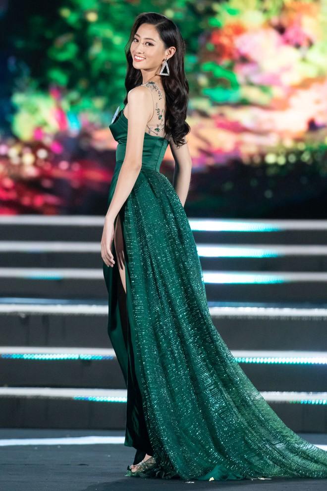 Người đẹp sinh năm 2000 - Lương Thùy Linh đăng quang Hoa hậu Thế giới Việt Nam 2019 - Ảnh 13.