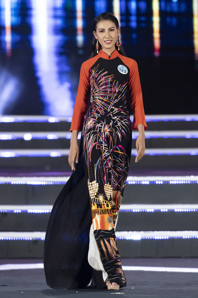 Người đẹp sinh năm 2000 - Lương Thùy Linh đăng quang Hoa hậu Thế giới Việt Nam 2019 - Ảnh 39.