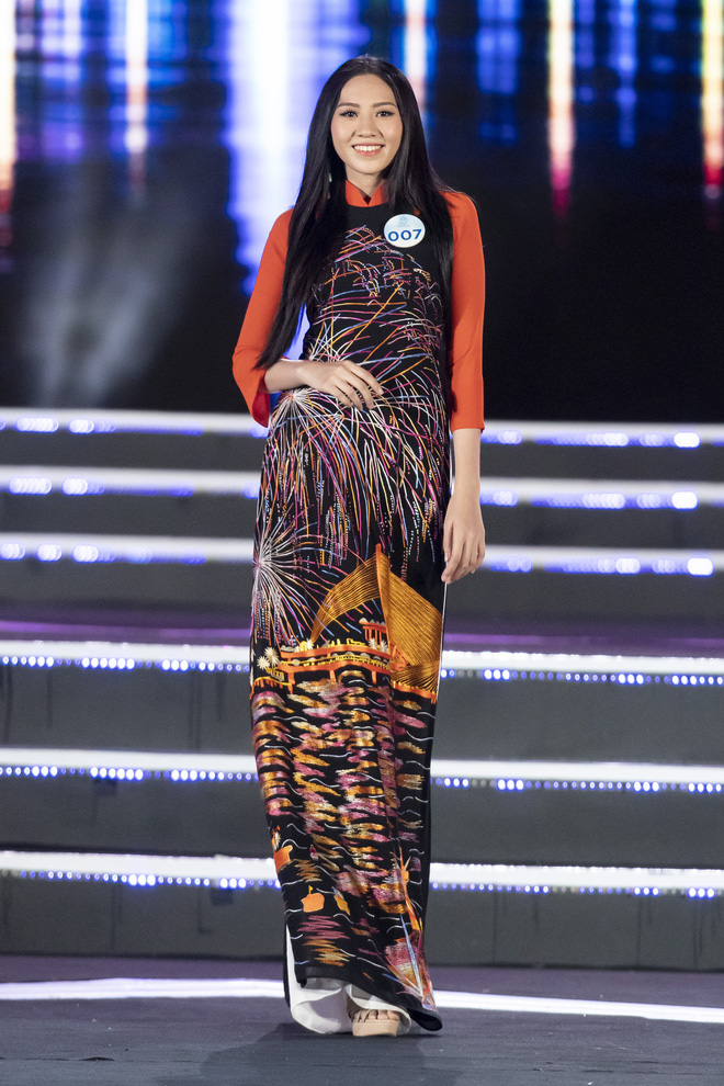 Người đẹp sinh năm 2000 - Lương Thùy Linh đăng quang Hoa hậu Thế giới Việt Nam 2019 - Ảnh 40.