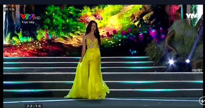 Người đẹp sinh năm 2000 - Lương Thùy Linh đăng quang Hoa hậu Thế giới Việt Nam 2019 - Ảnh 19.