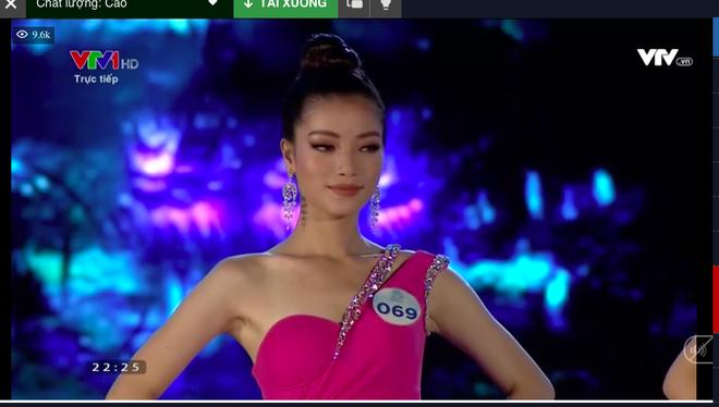 Người đẹp sinh năm 2000 - Lương Thùy Linh đăng quang Hoa hậu Thế giới Việt Nam 2019 - Ảnh 16.