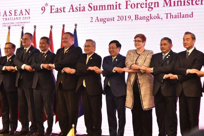 Trước 27 Bộ trưởng Ngoại giao, Phó Thủ tướng nêu sự cố nghiêm trọng Biển Đông - Ảnh 3.