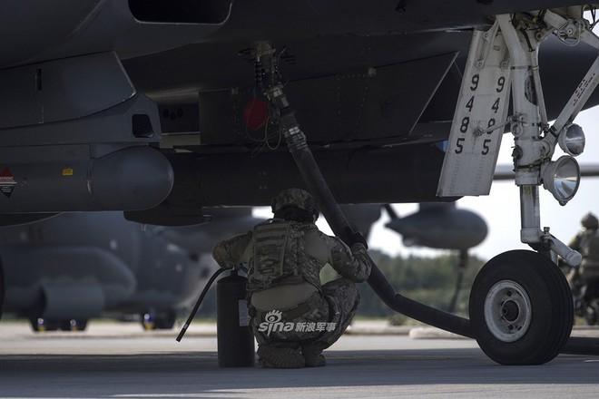 Mỹ gây áp lực cực lớn lên Nga khi triển khai F-15E cách biên giới chỉ 230 km - Ảnh 6.