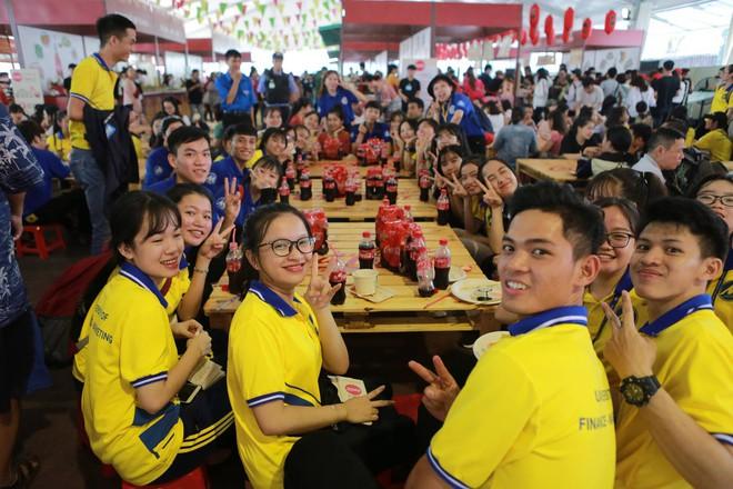 Cộng đồng Việt trẻ hào hứng với trào lưu rủ nhau đi dự lễ hội ẩm thực - Ảnh 9.