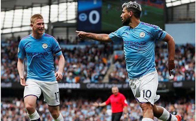 Man City hủy diệt đối thủ để soán ngôi đầu, Chelsea sẩy chân tai hại ngay Stamford Bridge
