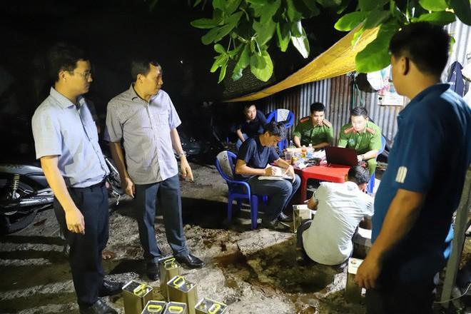 Trinh sát kể chuyện bán cà phê, đánh cá, phá đường dây xăng giả của đại gia Trịnh Sướng - Ảnh 1.