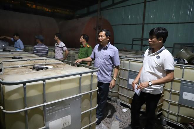 Trinh sát kể chuyện bán cà phê, đánh cá, phá đường dây xăng giả của đại gia Trịnh Sướng - Ảnh 3.