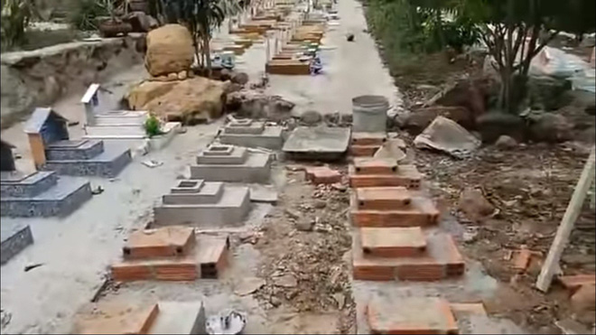Việt Hương về tận Nha Trang thăm người đàn ông cưu mang 250 bà mẹ đơn thân và chôn hơn 20 nghìn thai nhi - Ảnh 5.