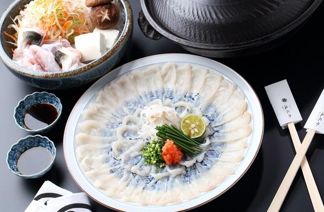 7,5 triệu đồng/100g thịt, ai mà ngờ loại cá vừa xấu xí vừa cực độc này lại đáng giá ở Nhật Bản đến thế - Ảnh 3.