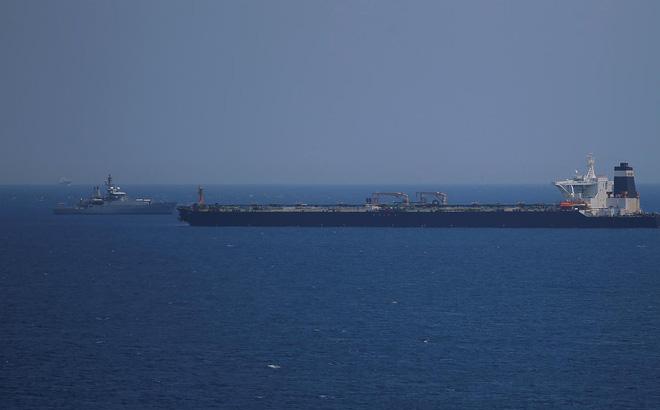 CẬP NHẬT: Iran vừa tuyên bố bắt thêm tàu dầu nước ngoài ở eo Hormuz - Máy bay chiến đấu Iran rơi - Cực kỳ căng thẳng