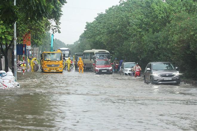 Lũ lớn do mưa bão số 3 cuốn trôi 2 em nhỏ ở Điện Biên, mới tìm được 1 thi thể - Ảnh 3.