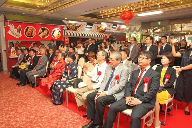 Nhãn hiệu tương ớt của Việt Nam chính thức gia nhập thị trường Nhật Bản theo đúng nghi thức của người Nhật - Ảnh 2.