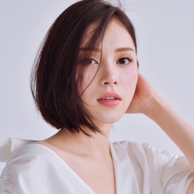 Cuộc sống sang chảnh của ngọc nữ 9X được dân mạng đồn là bạn gái mới của Phillip Nguyễn - em chồng Hà Tăng - Ảnh 6.