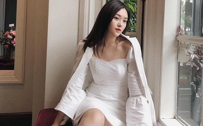 """Cận cảnh ảnh đời thường của Á hậu 2 Miss World Việt Nam 2019: Chiều cao khủng cùng nhan sắc đỉnh cao, được gọi là """"bản sao Hà Tăng"""""""