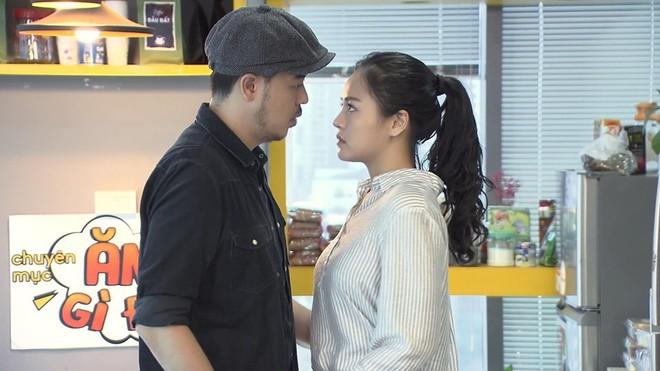 Chú Quốc phim Về nhà đi con: Cảnh tôi hôn Thu Quỳnh, vợ bảo cũng cuồng nhiệt đấy! - Ảnh 5.