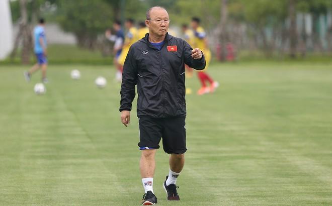 HLV Park Hang-seo quyết liệt trên sân tập, làm điều ít gặp với U22 Việt Nam