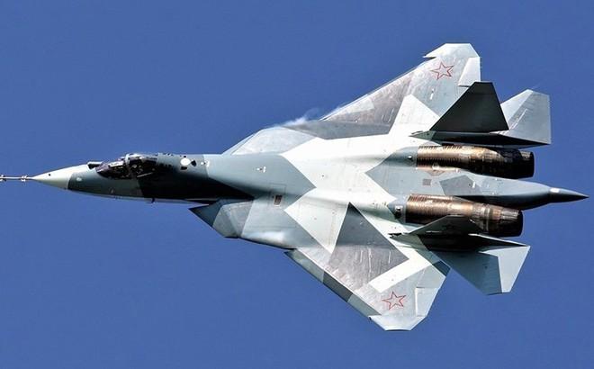 """Tiêm kích tàng hình """"diệt mọi mục tiêu"""" Su-57"""