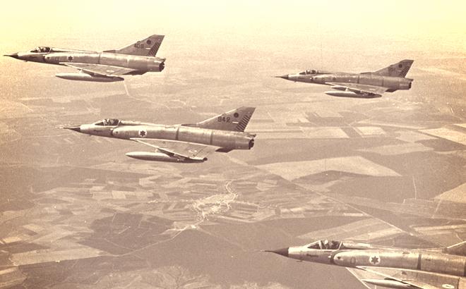 Chiến dịch Moked: 180 chiến đấu cơ Israel đồng loạt cất cánh tấn công Ai Cập