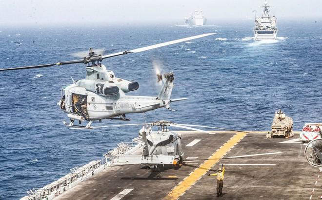"""""""Kẻ thù không đội trời chung"""" quyết chiến với Iran: Đòn hiểm đánh từ phía sau"""