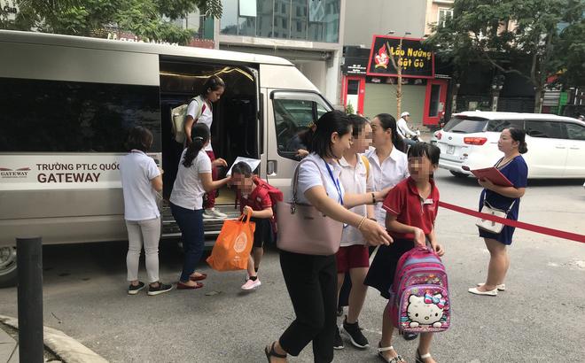 Kỹ sư ô tô Lê Văn Tạch hướng dẫn cách thoát hiểm khi trẻ bị bỏ quên trên ô tô