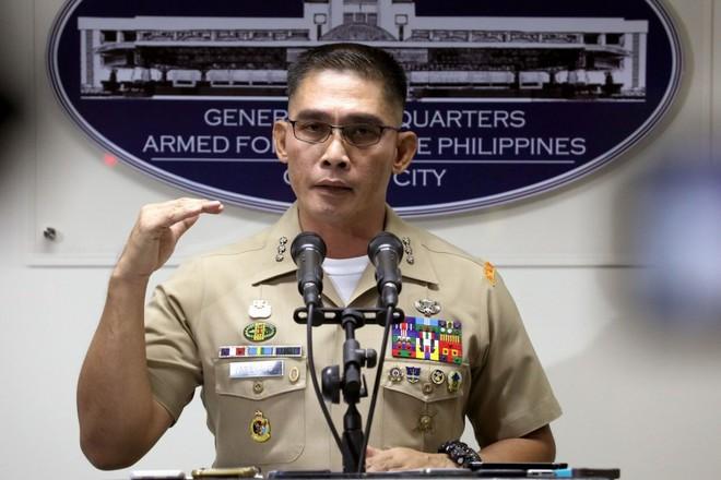 Trung Quốc đầu tư vào các đảo trọng yếu: Quân đội Philippines cảnh báo hậu quả - Ảnh 1.