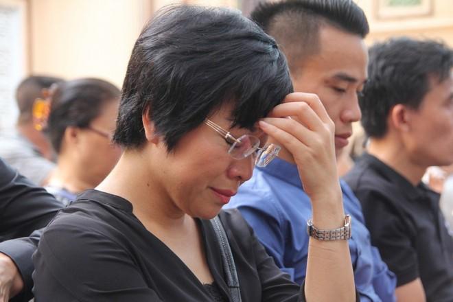 Học sinh lớp 1 bị bỏ quên trên xe ô tô chết thương tâm: MC Thảo Vân kinh hoàng, đau xót tới tê người - Ảnh 1.