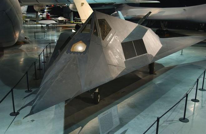Vụ Đại tá Nam Tư bắn tan xác máy bay F-117A: Phi công Mỹ thốt lên thán phục bắn tốt lắm! - Ảnh 5.