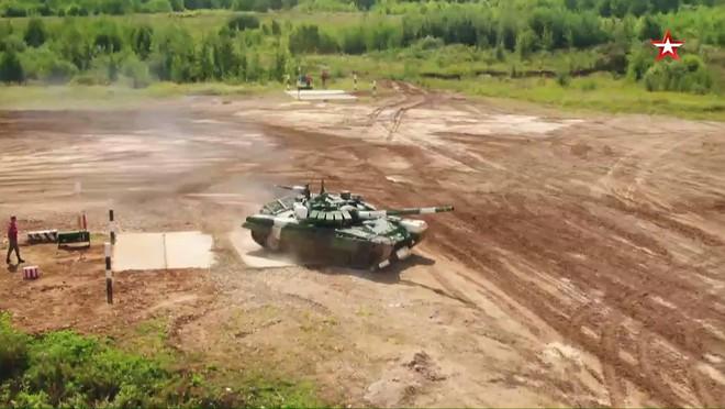 Trận đấu sinh tử của Đội xe tăng Việt Nam tại Tank Biathlon 2019 bắt đầu - Ảnh 53.