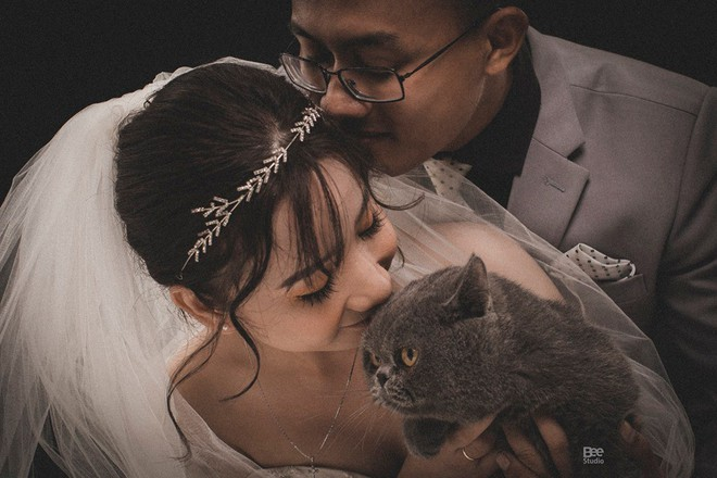 Cô dâu ôm kẻ thứ 3 chụp ảnh cưới, sự thật do nữ chính tiết lộ mới gây bất ngờ - Ảnh 5.