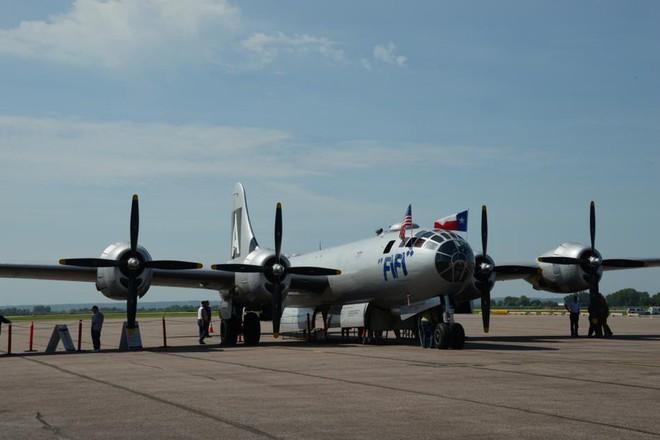 Siêu pháo đài bay B-29 Mỹ bất ngờ tái xuất sau hàng chục năm ngủ yên - ảnh 1