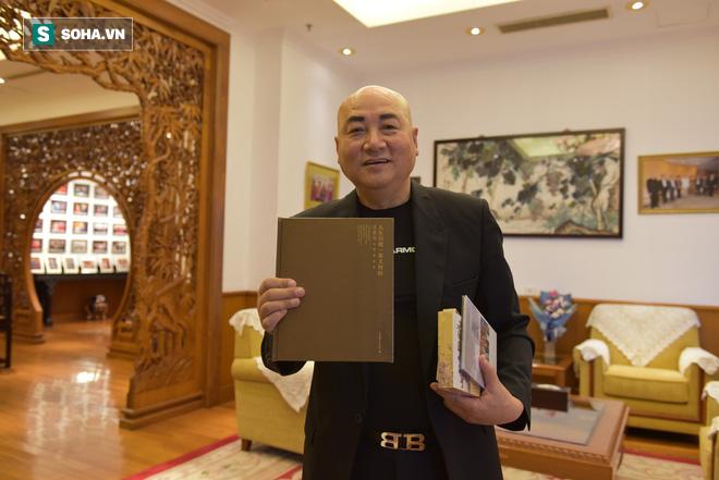 ĐỘC QUYỀN: Choáng ngợp tài sản khổng lồ và bảo tàng gỗ quý, lớn nhất Trung Quốc của Đường Tăng phim Tây Du Ký - Ảnh 7.
