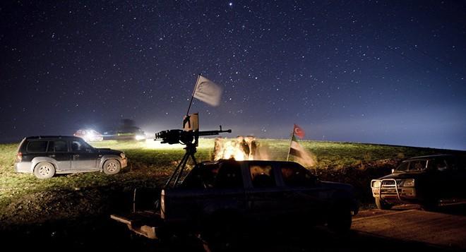 Tên lửa S-300 đã lên đạn - Mỹ bất ngờ lên kế hoạch rút quân khỏi miền Bắc Syria - Ảnh 1.