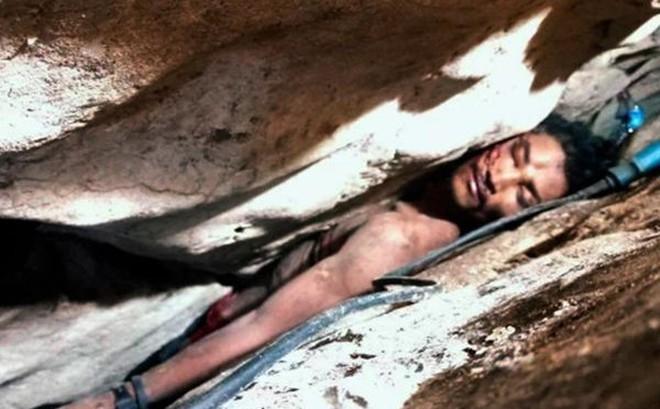 Giải cứu thanh niên mắc kẹt giữa khe núi suốt 3 ngày không thức ăn nước uống