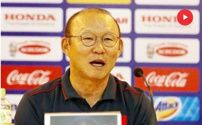 Vì sao VFF phải 'phá băng' hợp đồng của HLV Park Hang Seo?