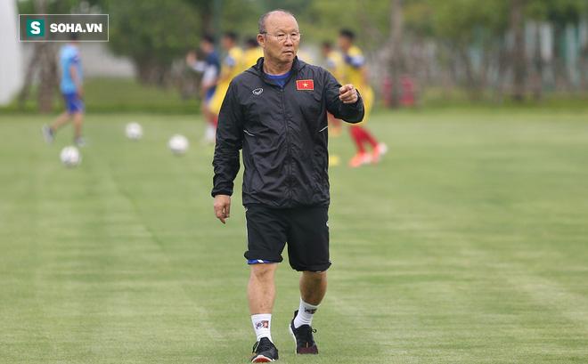 """HLV Park Hang-seo """"đãi cát"""" thế nào cho mục tiêu lớn nhất của bóng đá Việt năm 2019?"""