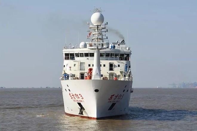BTQP Philippines dồn Bắc Kinh: Tàu khảo sát Trung Quốc làm gì trong vùng biển chúng tôi? - Ảnh 2.