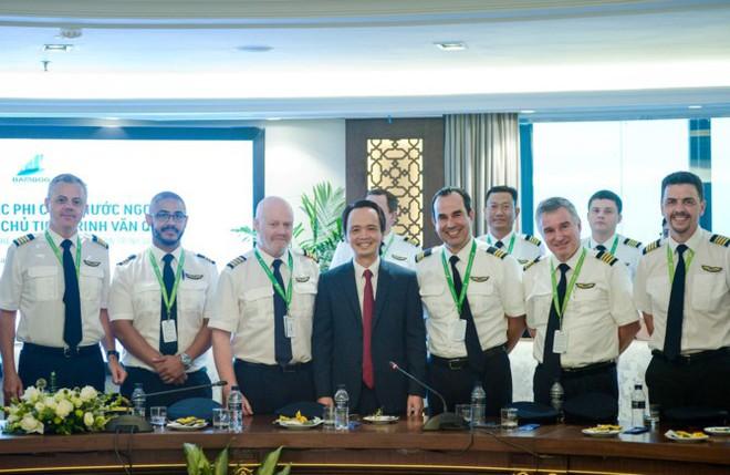 """Bamboo Airways có 300 phi công, 80% là """"Tây"""", sẵn sàng chờ các máy bay sắp về - Ảnh 2."""