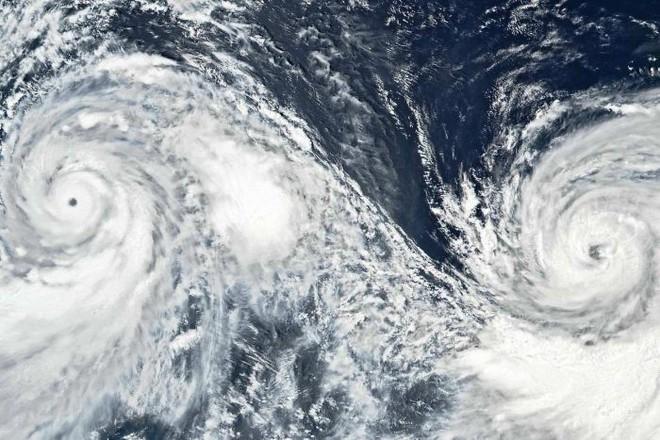 Sức mạnh dữ dội của song bão lao thẳng vào Đông Á: Trung Quốc ban bố 'báo động đỏ' - ảnh 3