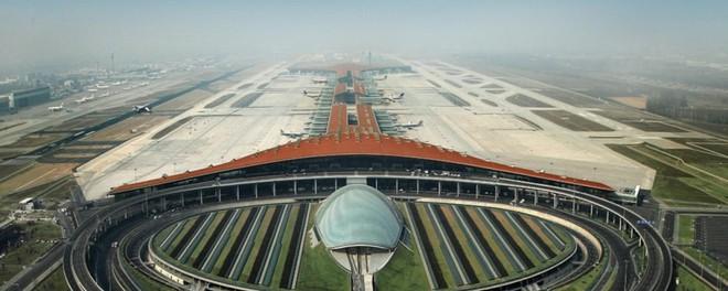Có gì trong sân bay lớn nhất thế giới trị giá 12 tỷ USD? - Ảnh 8.