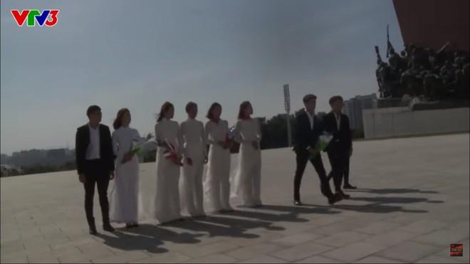 Đỗ Mỹ Linh lại dính nghi vấn được ưu ái khi mặc áo dài dâng hoa chủ tịch Kim Nhật Thành tại Triều Tiên - Ảnh 6.