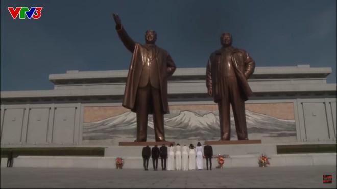 Đỗ Mỹ Linh lại dính nghi vấn được ưu ái khi mặc áo dài dâng hoa chủ tịch Kim Nhật Thành tại Triều Tiên - Ảnh 7.