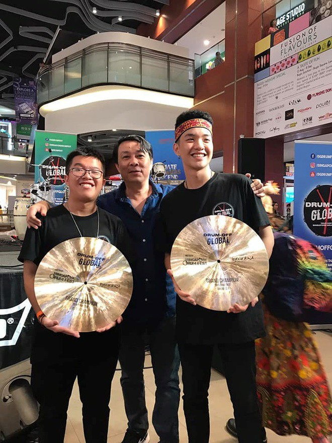 Vượt hàng trăm đối thủ, 2 nghệ sĩ trẻ Việt giành giải Nhất thi trống quốc tế - Ảnh 2.